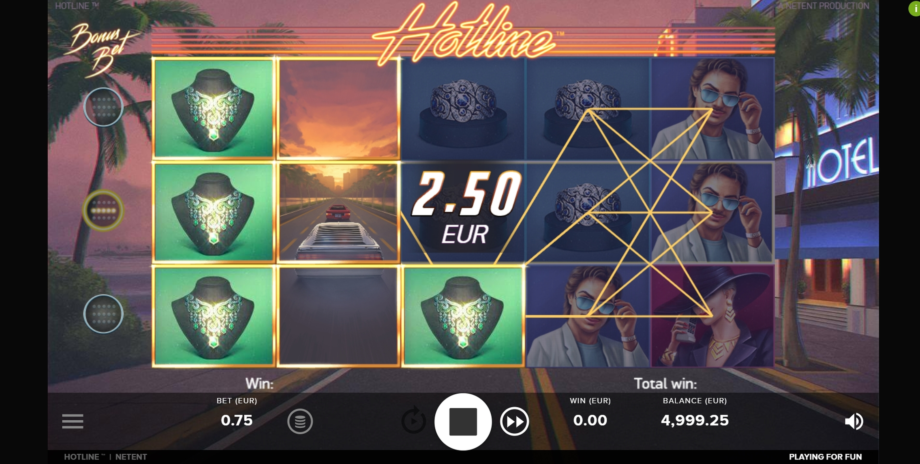Win Money in Hotline Free Slot Game by NetEnt